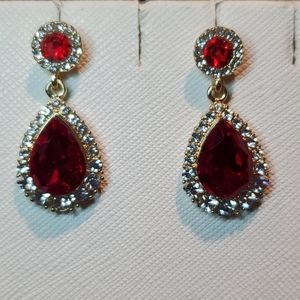 💝Charter club red and white crystal earrings